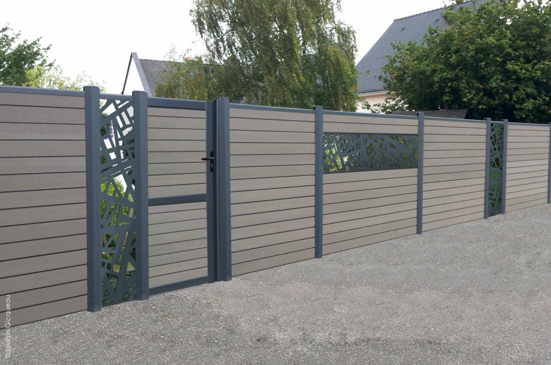 La clôture composite permet de clôre un espace et de se protéger des regards extérieurs avec élégance.